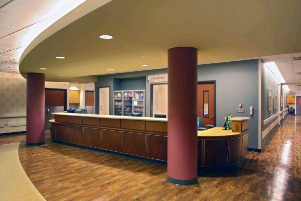 gmc-d-nurse-station-045-18DB4087A-3E0E-B7C1-9450-EA159128284E.jpg